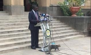 Chief Justice David Maraga during a press briefing as a cat passes by on June 8, 2020.