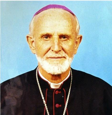 An hand hout photo of the Kenyan Catholic Secretariat in Nairobi, Kenya, shows 15 July 2005 Bishop Luigi Locati from Italy, who has been shot dead overnight in Isiolo, Kenya.