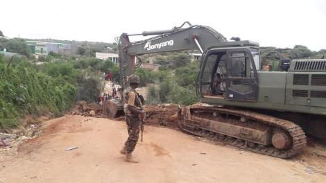 A KDF excavator pictured at the Kenyan border with Ethiopia at Moyale on May 21, 2020