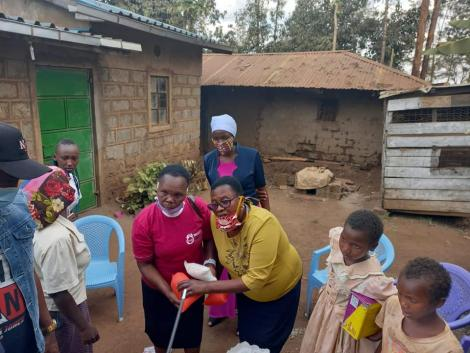 Kameme TV presenter Njuguna Gicheha alias Man Nyari visit Joyce Wanjiku and Lucy Njoki on Friday, September 4, after viral video