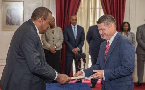 President Uhuru Kenyatta receiving credentials from US Ambassador to Kenya Kyle McCarter