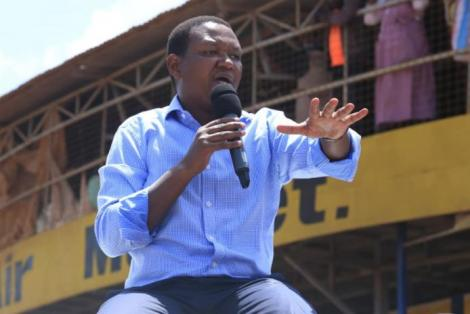Machakos Governor Alfred Mutua addressing a crowd at Chuka Town on Friday, October 9, 2020.