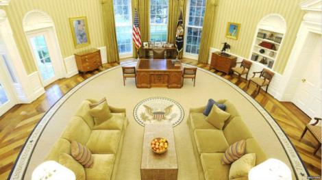 An aerial view of the Oval Office at the White House in US
