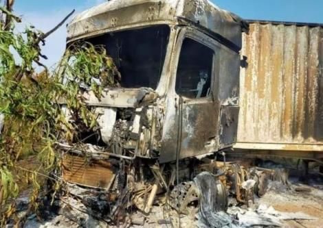 A Kenyan truck that was burnt in South Sudan.