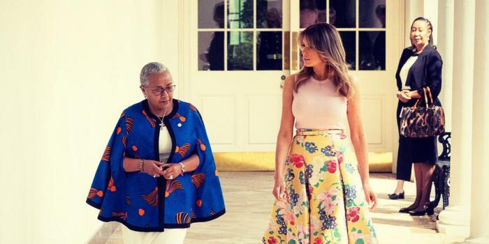 8:36 pm  Flotus in Kenya Melania Trump with Magaret Kenyatta at the White House Twitter