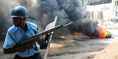 A riot police officer in Majengo slums, Mombasa County on August 28, 2012.