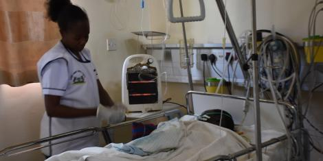Nurse on Life Support Gives Birth to Bouncing Baby Boy ...