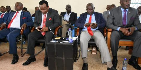 Nyeri Governor Mutahi Kahiga (left), Nyeri Town Member of Parliament Ngunjiri Wambugu (second left)among other leaders during a consultative Building Bridges Initiatives (BBI) meeting at the ACK St. Peters Hall in Nyeri on Wednesday, February 26, 2020.