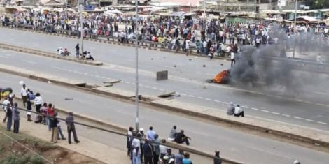 Protestors pictured along Thika Superhighway in Githurai.
