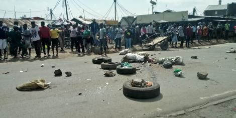 The rioting youth in Maringo area, South B estate block the road during protests on May 14, 2020.